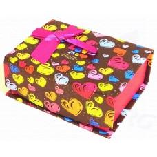 Коробка подарочная с крышкой на магните (черная с цветными сердечками) 10х8х4 см