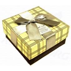 Коробка подарочная Квадрат с бантом (в клетку) 11х11х5,5 см