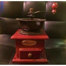 Кофемолка ручная Ретро с керамическими жерновами