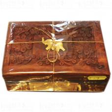 Подарочный Чай Ассам 100 г в деревянной шкатулке