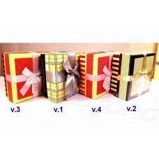 Коробка подарочная Квадрат с бантом (дно в красно-желтую полоску) 11х11х5,5 см